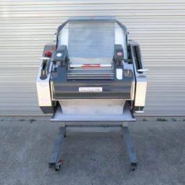 VM704 Moulder